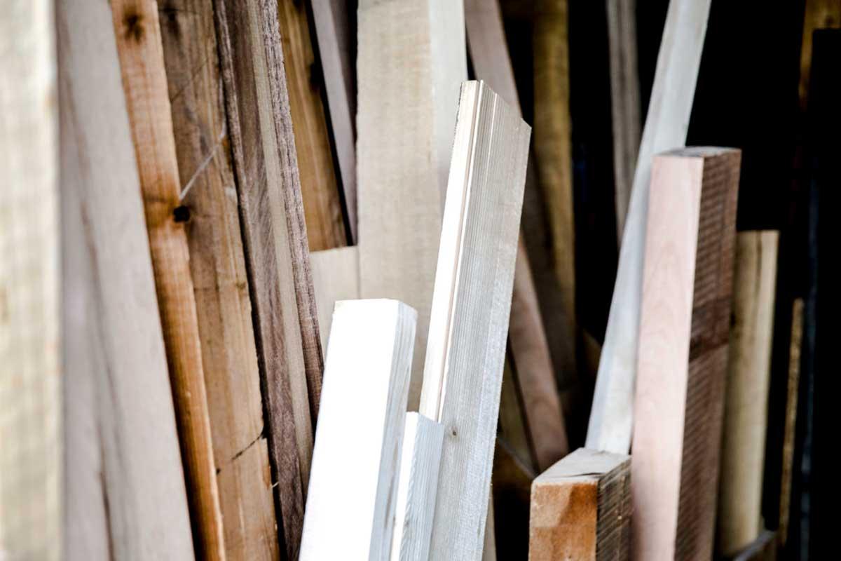 Bau, Ausbau und Holz