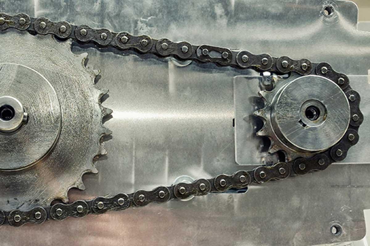 Metall und Maschinen